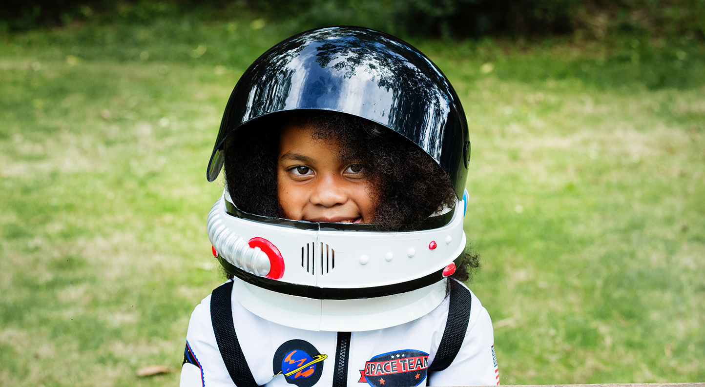Blue Bird Day and child astronaut