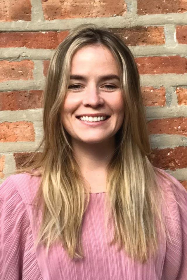 Dr. Alesandra D, DPT